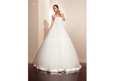 Свадебное платье и аксессуары невесты