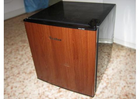 Холодильник напрокат, 50 литров (Tesler)