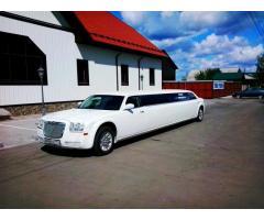 Авто, лимузины на свадьбу. Украшения.